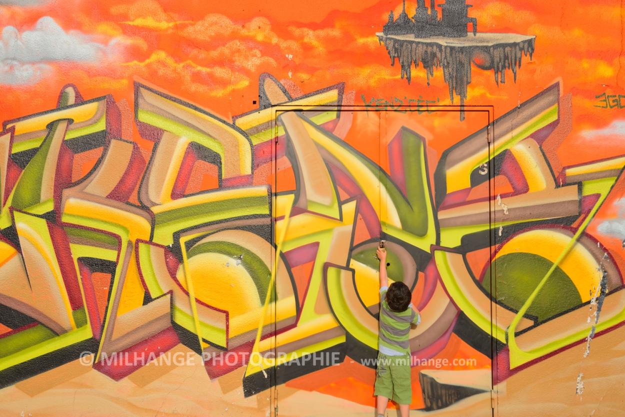 photo-enfant-street-art-saintes-royan-libourne-bordeaux-6