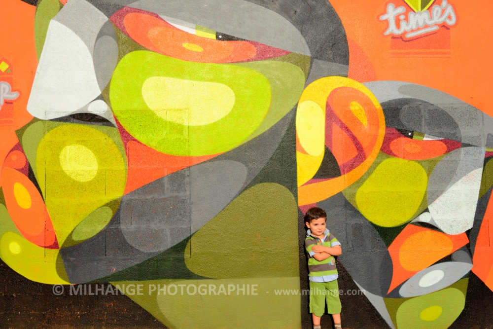 photo-enfant-street-art-saintes-royan-libourne-bordeaux-7