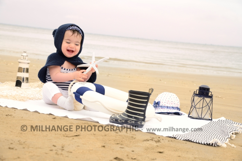 photo-bebe-enfant-mer-plage-la-rochelle-royan-bordeaux-2