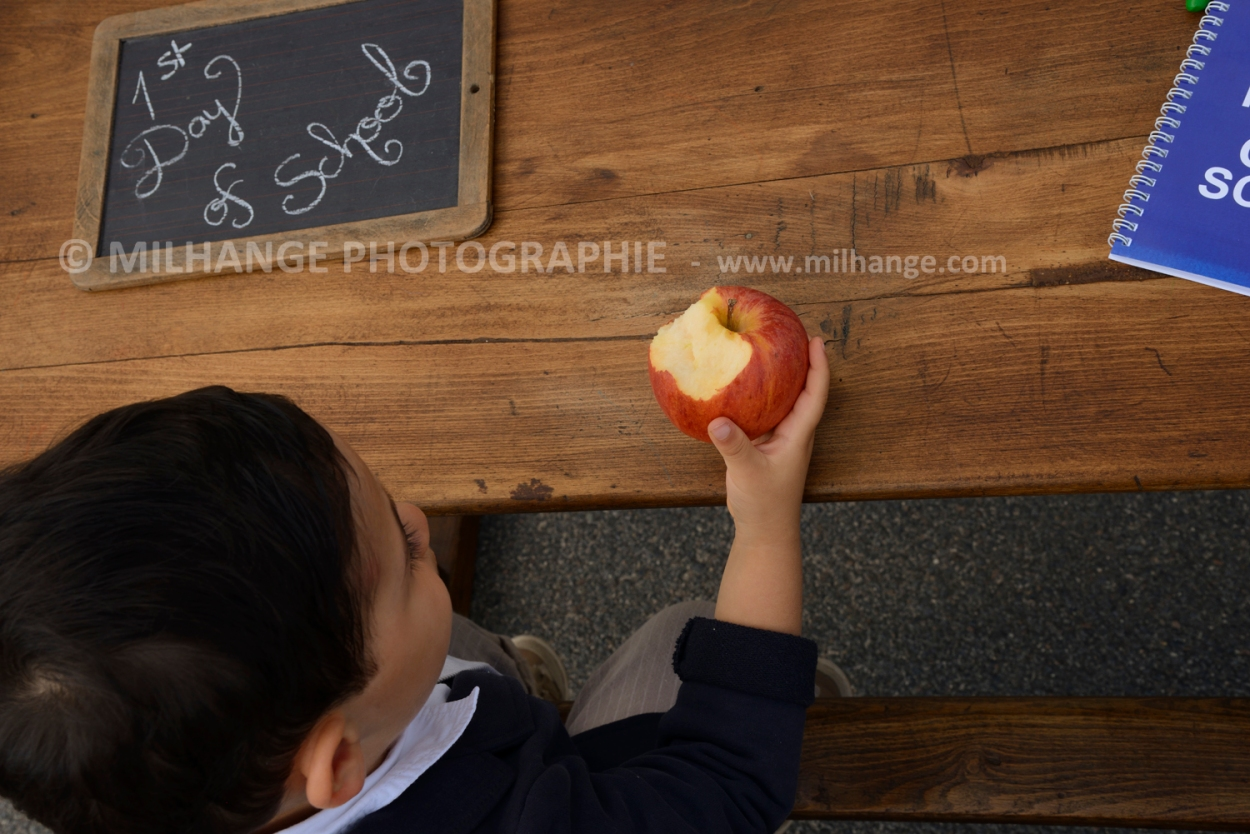 photo-enfant-premier-jour-ecole-rentree-saintes-7