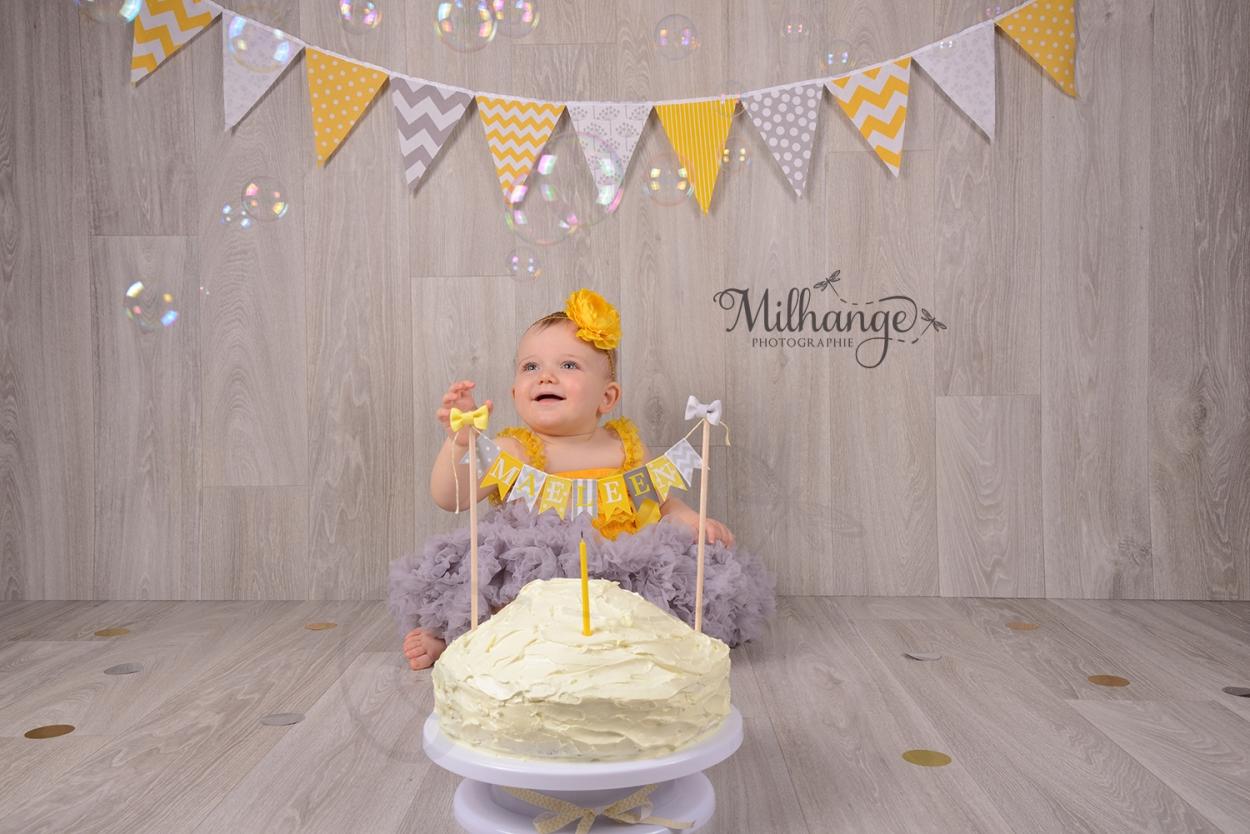 photo-studio-bebe-anniversaire-smash-cake-libourne-bordeaux-gironde-5
