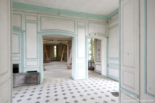 photo-urbex-chateau-angelots-popkov-abandonne-decay-france-10