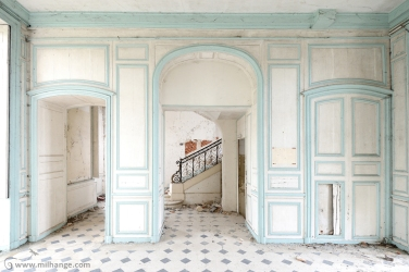 photo-urbex-chateau-angelots-popkov-abandonne-decay-france-2