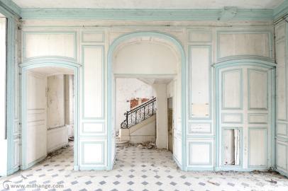 photo-urbex-chateau-angelots-popkov-abandonne-decay-france-2