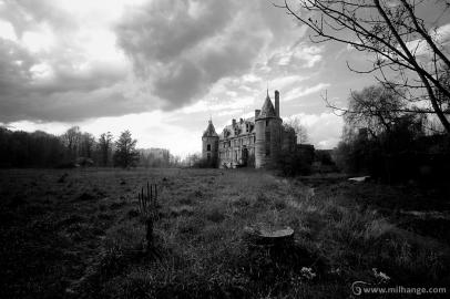 photo-urbex-chateau-angelots-popkov-abandonne-decay-france-4