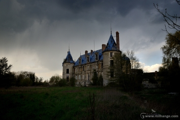 photo-urbex-chateau-angelots-popkov-abandonne-decay-france-5