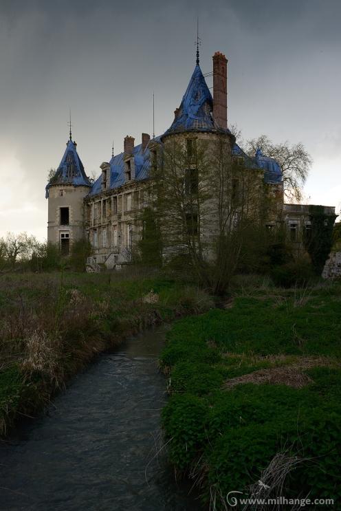 photo-urbex-chateau-angelots-popkov-abandonne-decay-france-8