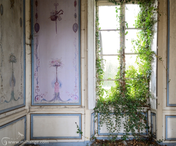 photo-urbex-chateau-angelots-popkov-abandonne-decay-france