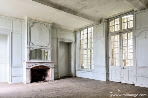 photo-urbex-chateau-martin-pecheur-abandonne-decay-bordeaux-libourne-gironde-11