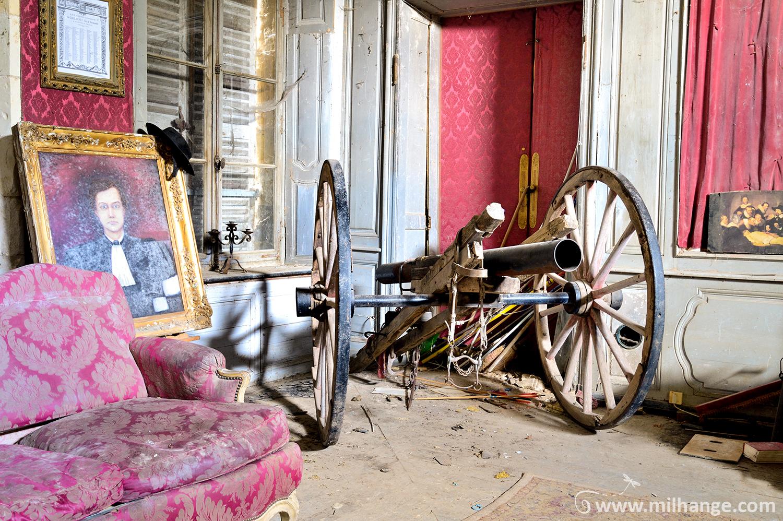 photo urbex chateau secession abandonne decay libourne. Black Bedroom Furniture Sets. Home Design Ideas