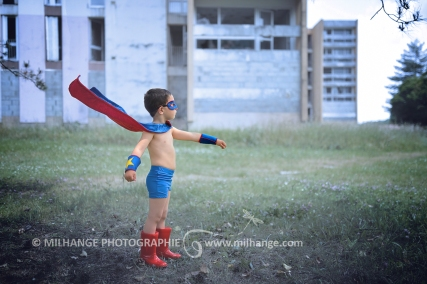 photo-enfant-garcon-superman-super-heros-bordeaux-arcachon-gironde-2