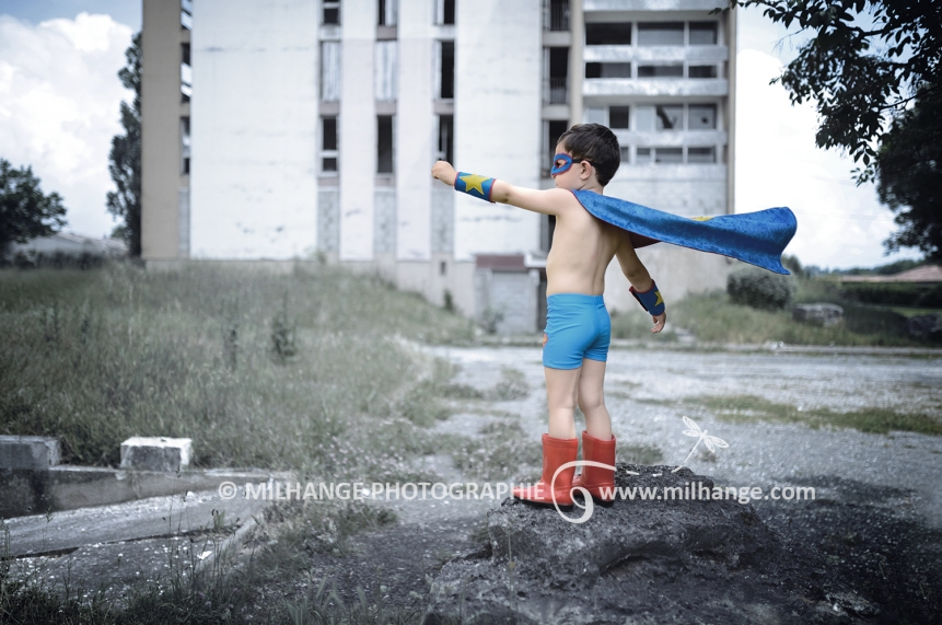 photo-enfant-garcon-superman-super-heros-bordeaux-arcachon-gironde