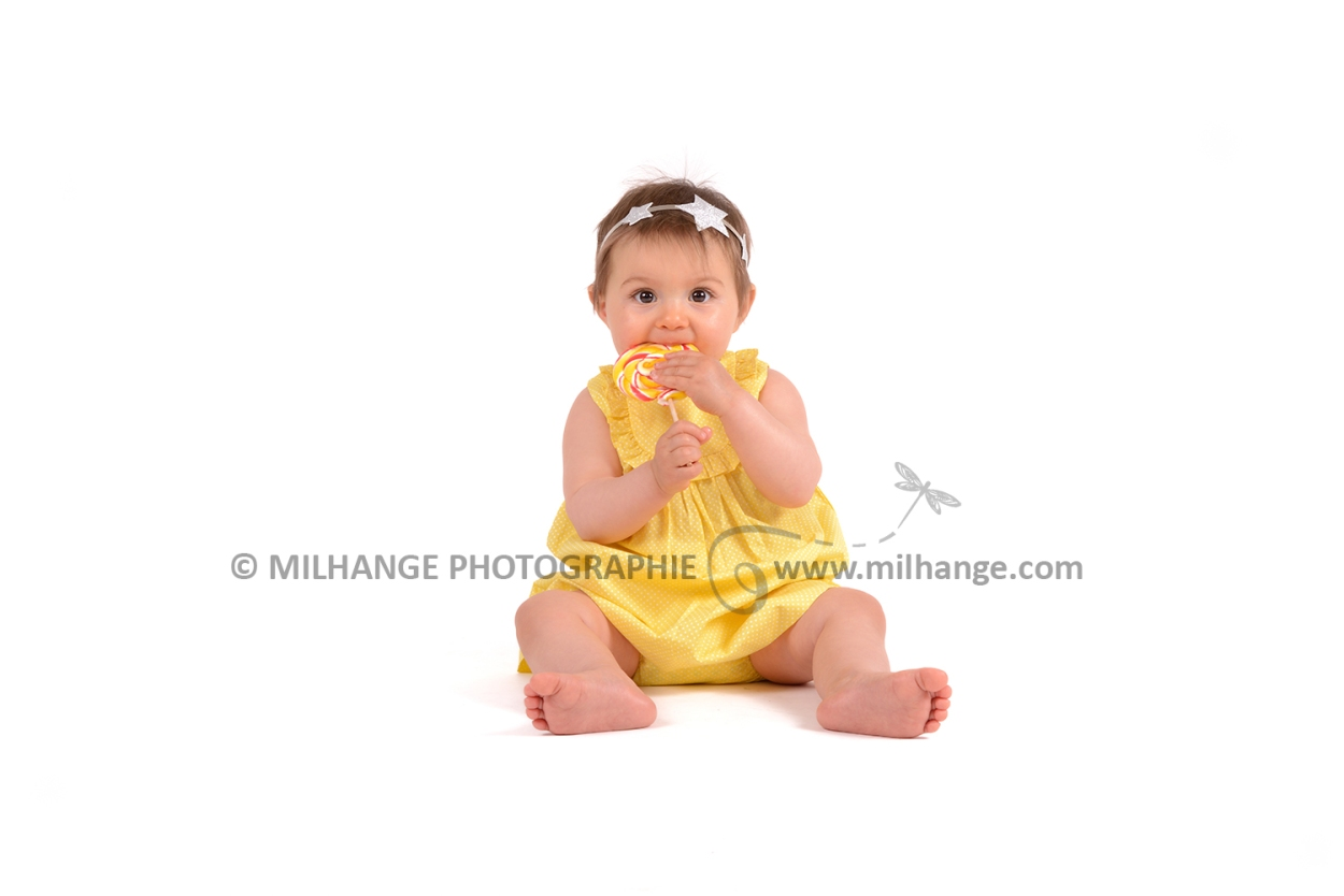 photo-studio-bebe-rainbow-arc-en-ciel-nuage-libourne-bordeaux-gironde-2
