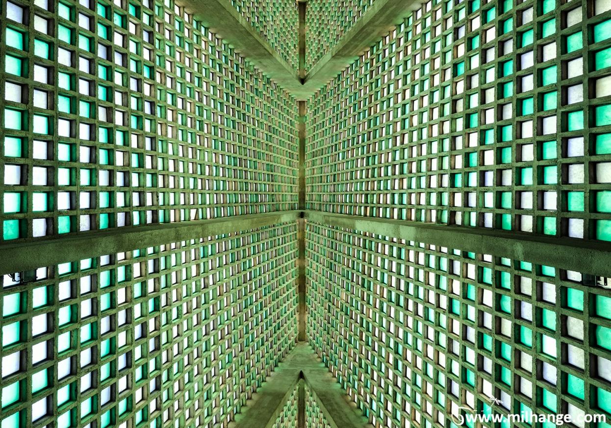 photo-urbex-ET-church-bordeaux-libourne-gironde
