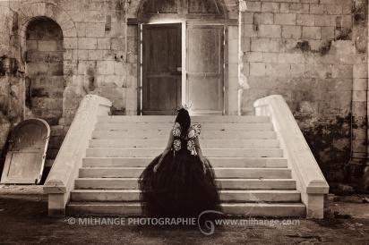 Robe disponible à la location sur ambrine.fr : https://ambrine.fr/portfolio/robe-petunia/