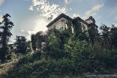 photo-urbex-chateau-abandonne-decay-gironde-3