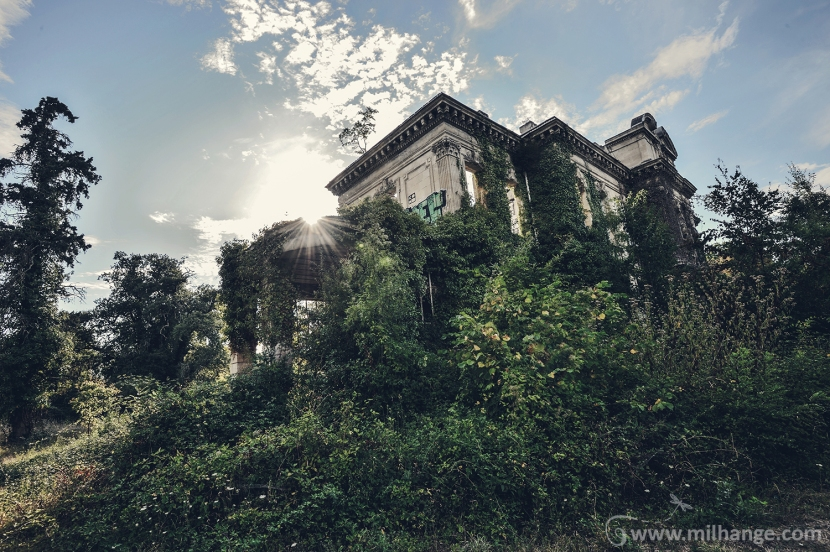 photo-urbex-chateau-abandonne-decay-gironde-3