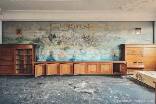 photo-urbex-exploration-urbaine-bureau-ligus-aquitaine-3