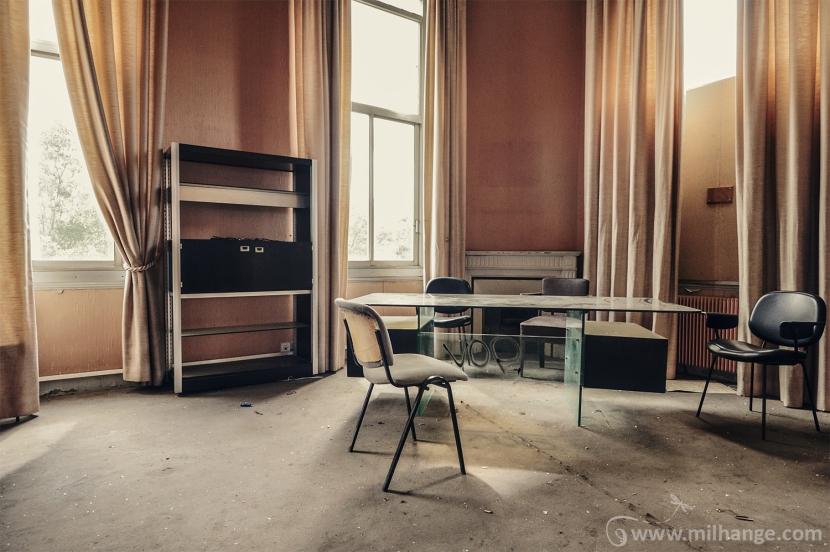 photo-urbex-exploration-urbaine-bureau-ligus-aquitaine-5
