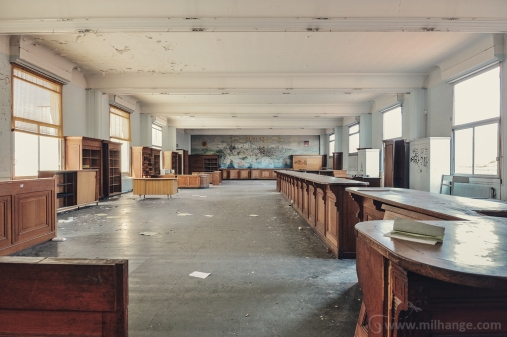 photo-urbex-exploration-urbaine-bureau-ligus-aquitaine-6