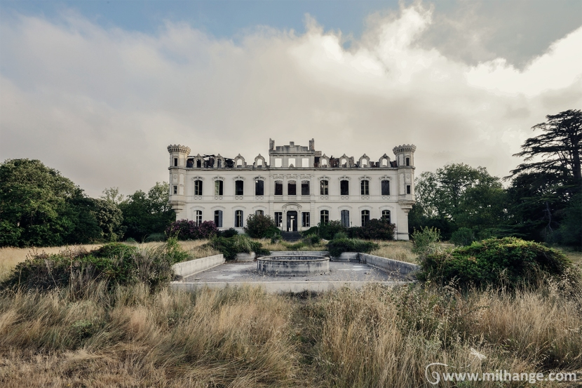 photo-urbex-exploration-urbaine-chateau-abandonne-lost-castle-decay-3