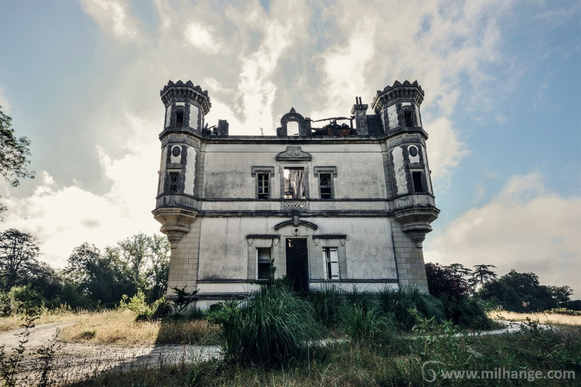 photo-urbex-exploration-urbaine-chateau-abandonne-lost-castle-decay-5