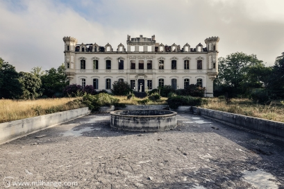 photo-urbex-exploration-urbaine-chateau-abandonne-lost-castle-decay-7