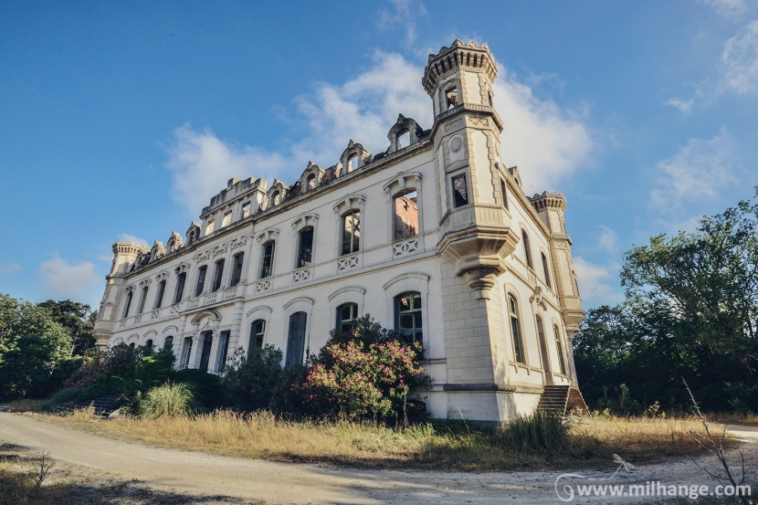 photo-urbex-exploration-urbaine-chateau-abandonne-lost-castle-decay-9