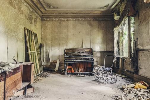 photo-urbex-chateau-de-luce-abandonne-aquitaine-7