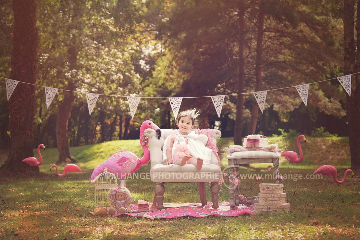 enfant ambiance grenadine photographe saint andr de. Black Bedroom Furniture Sets. Home Design Ideas
