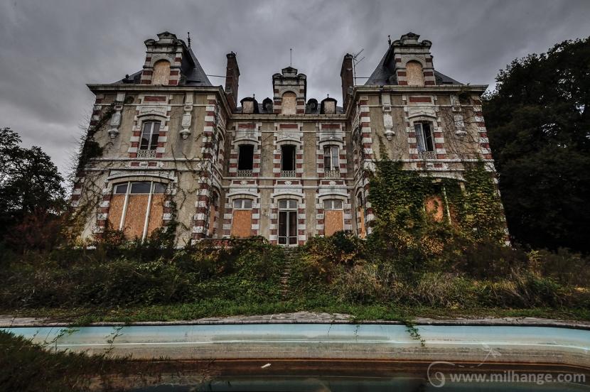 photo-urbex-chateau-abandonne-decay-aquitaine-2