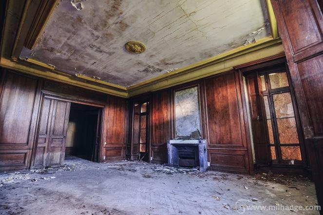 photo-urbex-chateau-abandonne-decay-aquitaine-4