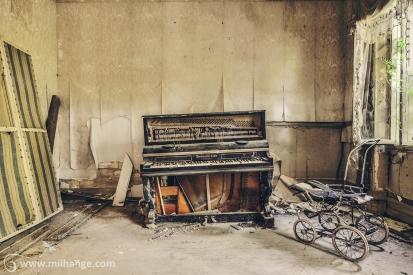 photo-urbex-chateau-de-luce-abandonne-aquitaine-17