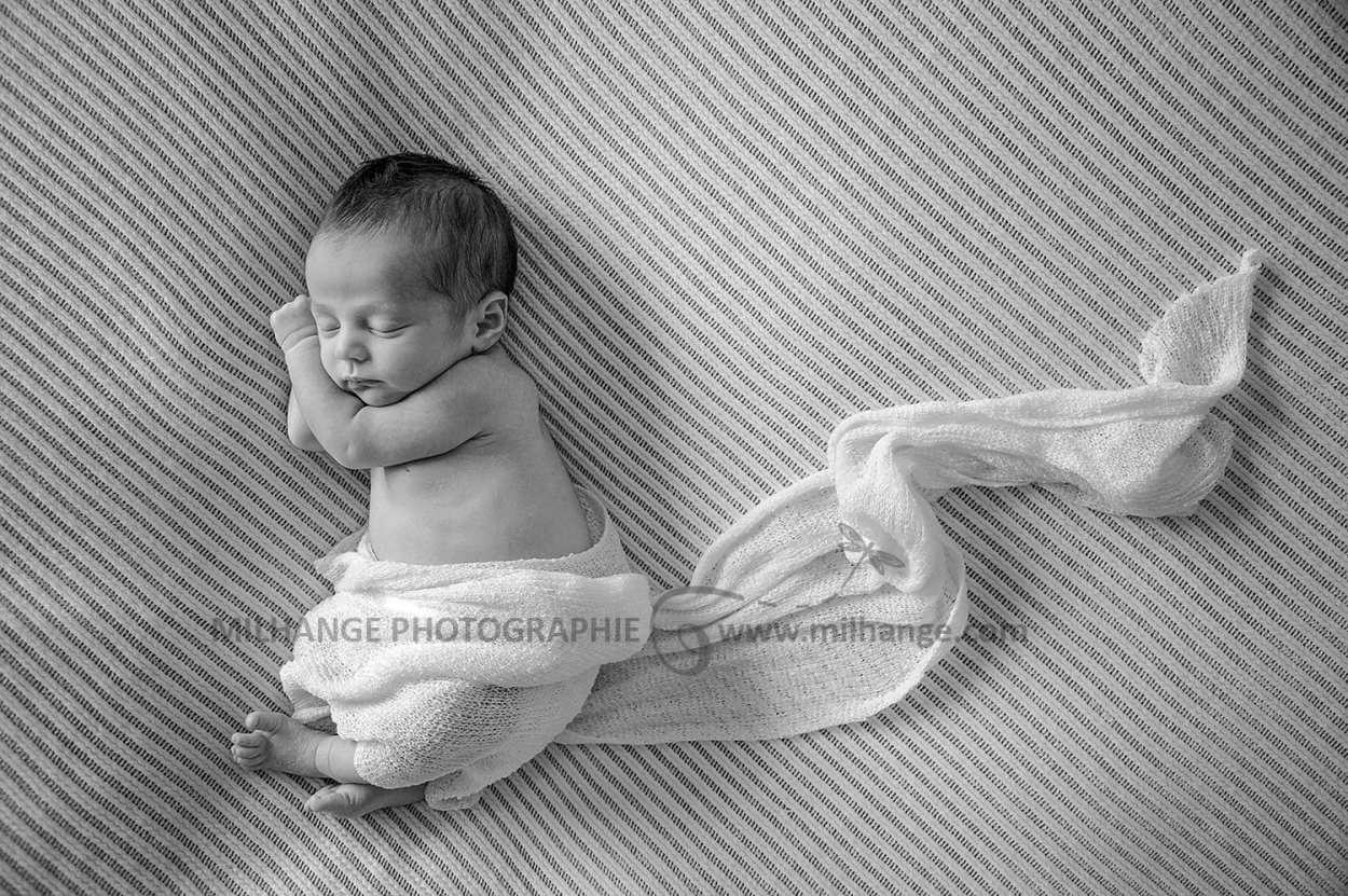 photo-bebe-nouveau-ne-libourne-bordeaux-coutras-guitres-gironde-10
