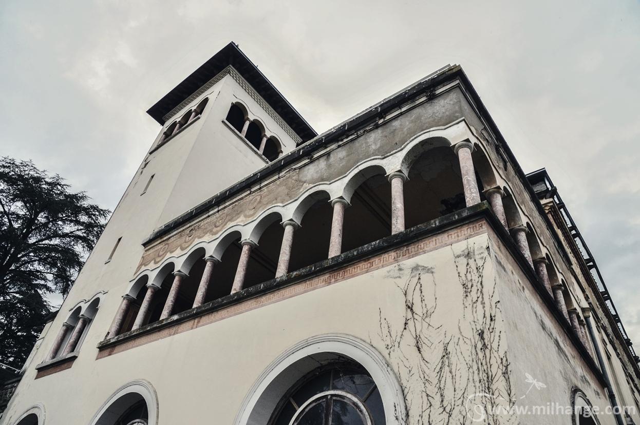 photo-urbex-chateau-abandonne-palais-neptune-10