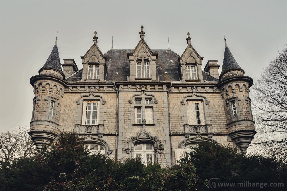 photo-urbex-chateau-abandonne-petit-prince-castle-decay-france-4