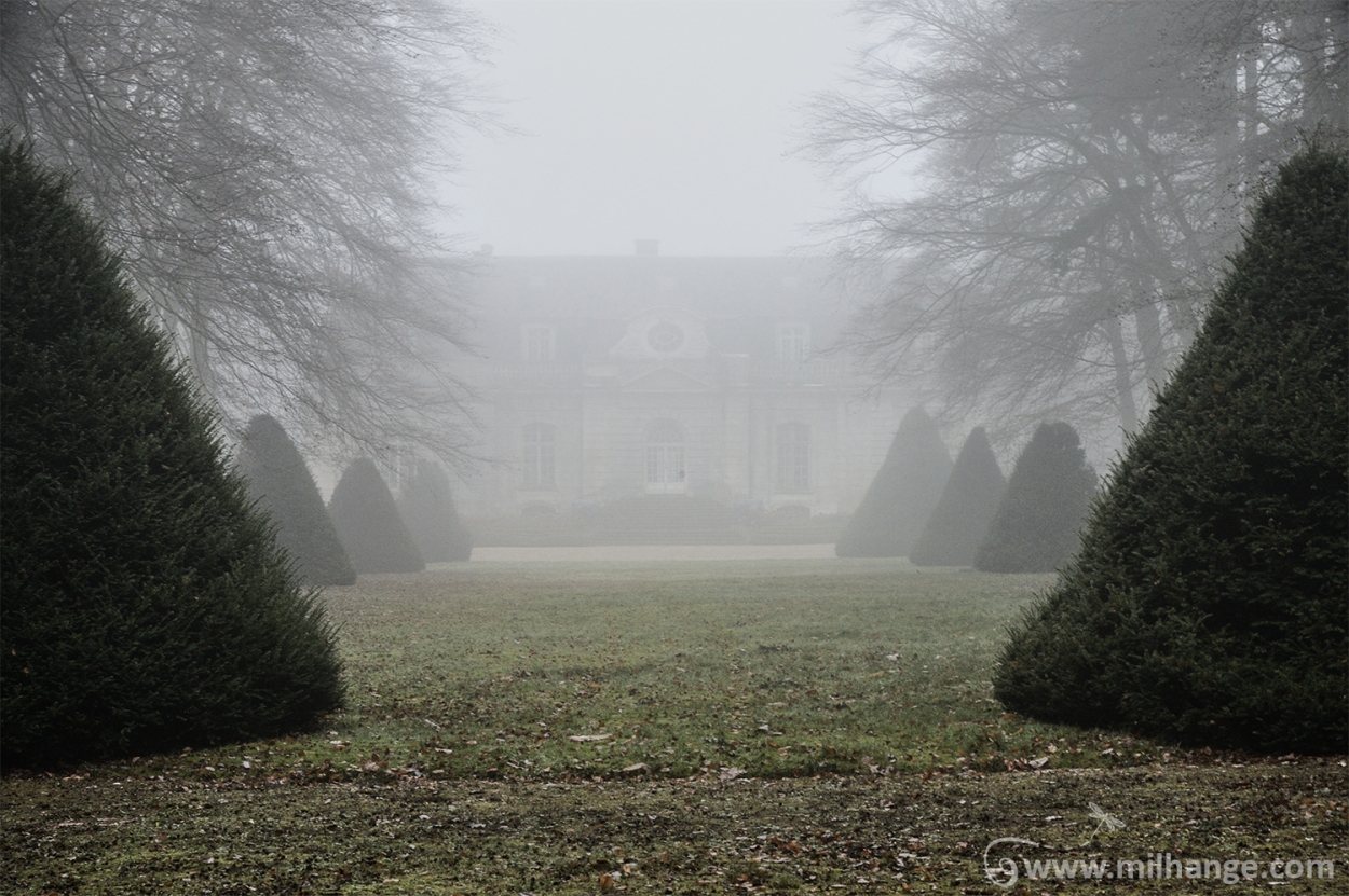 urbex-chateau-de-pan-abandonne-castle-decay-france-3