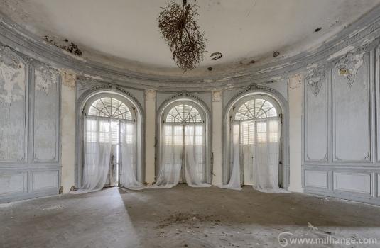 urbex-chateau-de-pan-abandonne-castle-decay-france-6