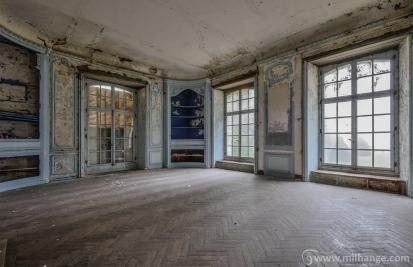 urbex-chateau-de-pan-abandonne-castle-decay-france-7