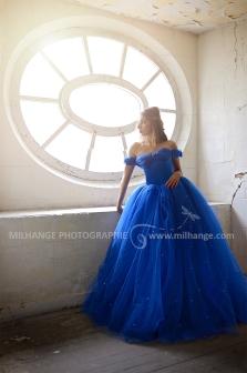 Robe disponible à la location sur ambrine.fr : https://ambrine.fr/portfolio/robe-princesse-romantique/