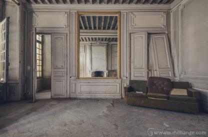 urbex-chateau-ecrivain-manoir-poete-abandonne-castle-decay-france-11