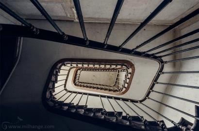 urbex-chateau-ecrivain-manoir-poete-abandonne-castle-decay-france-12