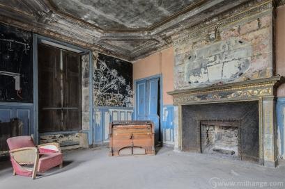 urbex-chateau-ecrivain-manoir-poete-abandonne-castle-decay-france-7