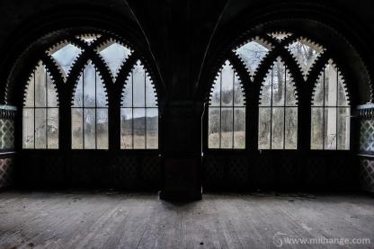 photo-urbex-chateau-arabesque-abandonne-castle-decay-france-3