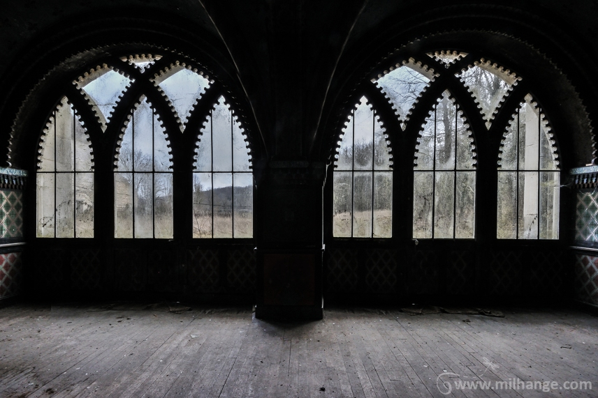 photo-urbex-chateau-arabesque-abandonne-castle-decay-france-3