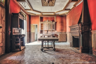 photo-urbex-chateau-de-la-lyre-abandonne-decay-piano-bordeaux-5