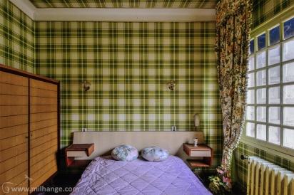 photo-urbex-hotel-kitsch-abandonne-aquitaine-5