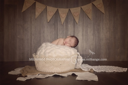 photo-bebe-naissance-studio-bordeaux-libourne