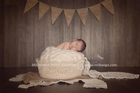 photo-bebe-naissance-studio-bordeaux-libourne