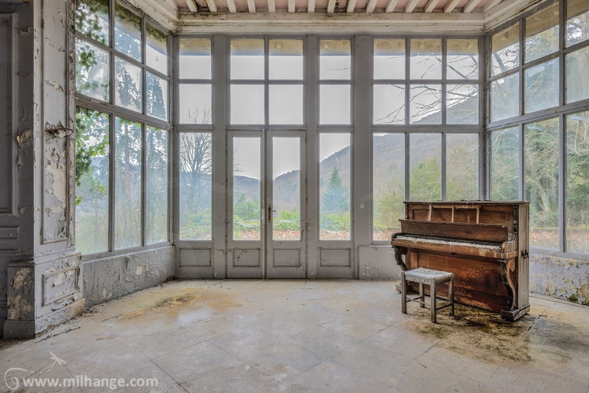 photo-urbex-chateau-harry-markus-abandonne-decay-castle-2